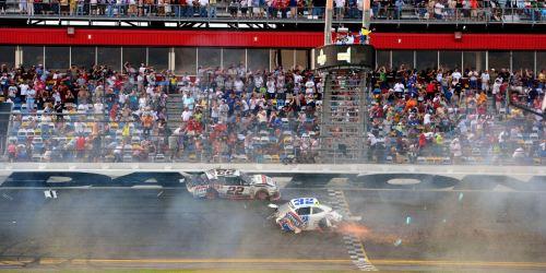 Daytona Crash 7