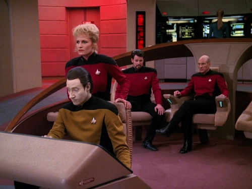 TNG Best of Both Worlds 18