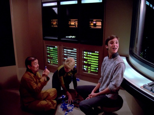 Star Trek TNG The Naked Now m