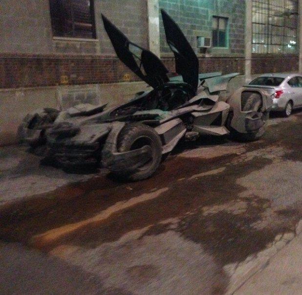 Batmobile Batman v Superman Image 1
