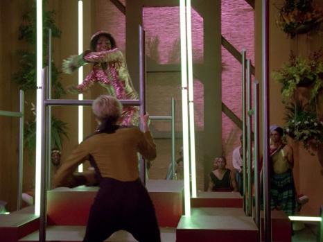Star Trek TNG Code of Honor Image 18