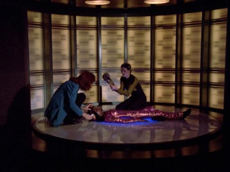 Star Trek TNG Code of Honor Image 21