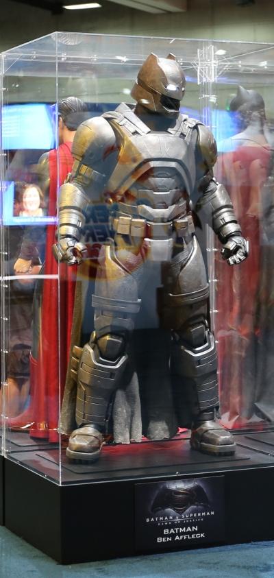 Batman v Superman Dawn of Justice Batarmor #1
