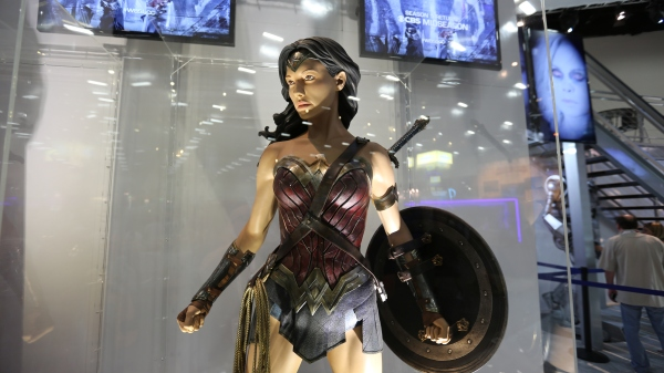 Batman v Superman Dawn of Justice Wonder Woman #7