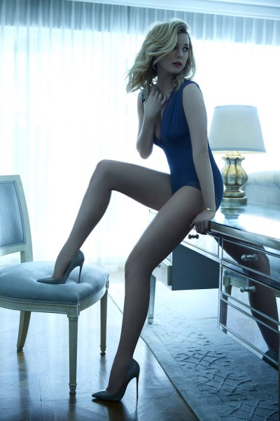Emily VanCamp Photo Image #2