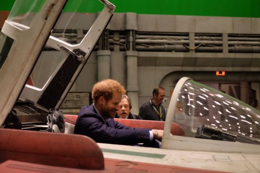 The Royals on set Star Wars Epiosde VIII Image 8