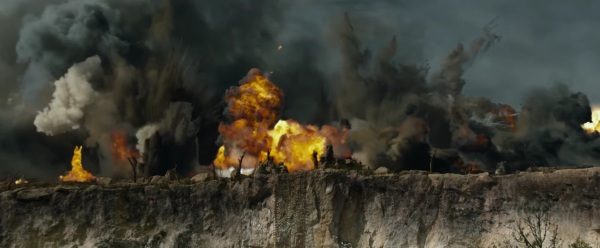 Hacksaw Ridge Trailer Image #11