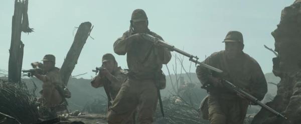 Hacksaw Ridge Trailer Image #16