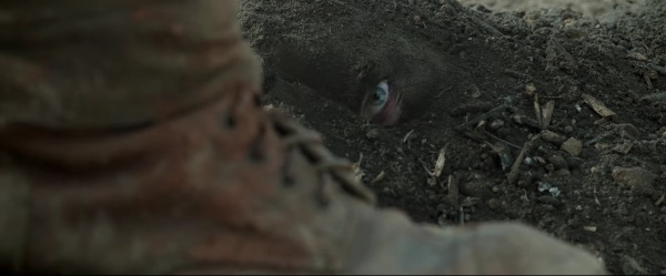 Hacksaw Ridge Trailer Image #17
