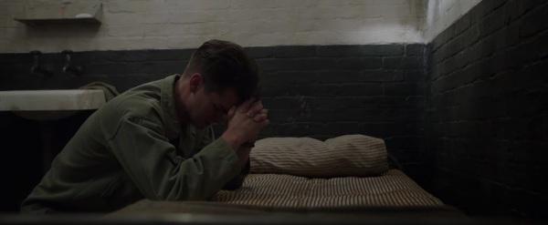 Hacksaw Ridge Trailer Image #20